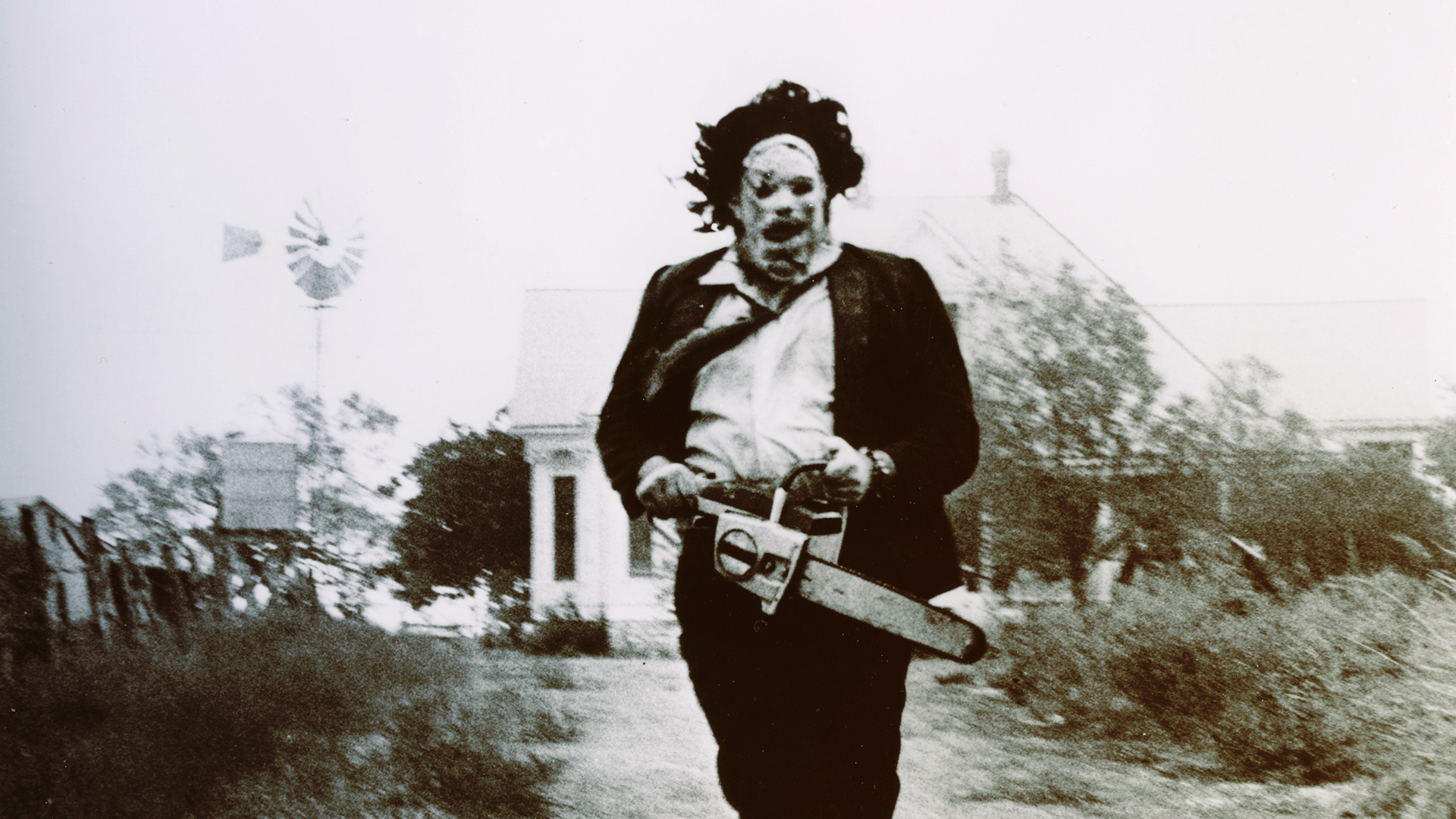 3016628-poster-p-1-leatherface-speaks-chainsaw-massacre-star-revisits-sweltering-house-of-horror_0.jpg